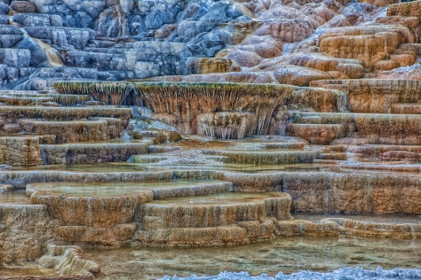 wMammoth Hot Springs.jpg